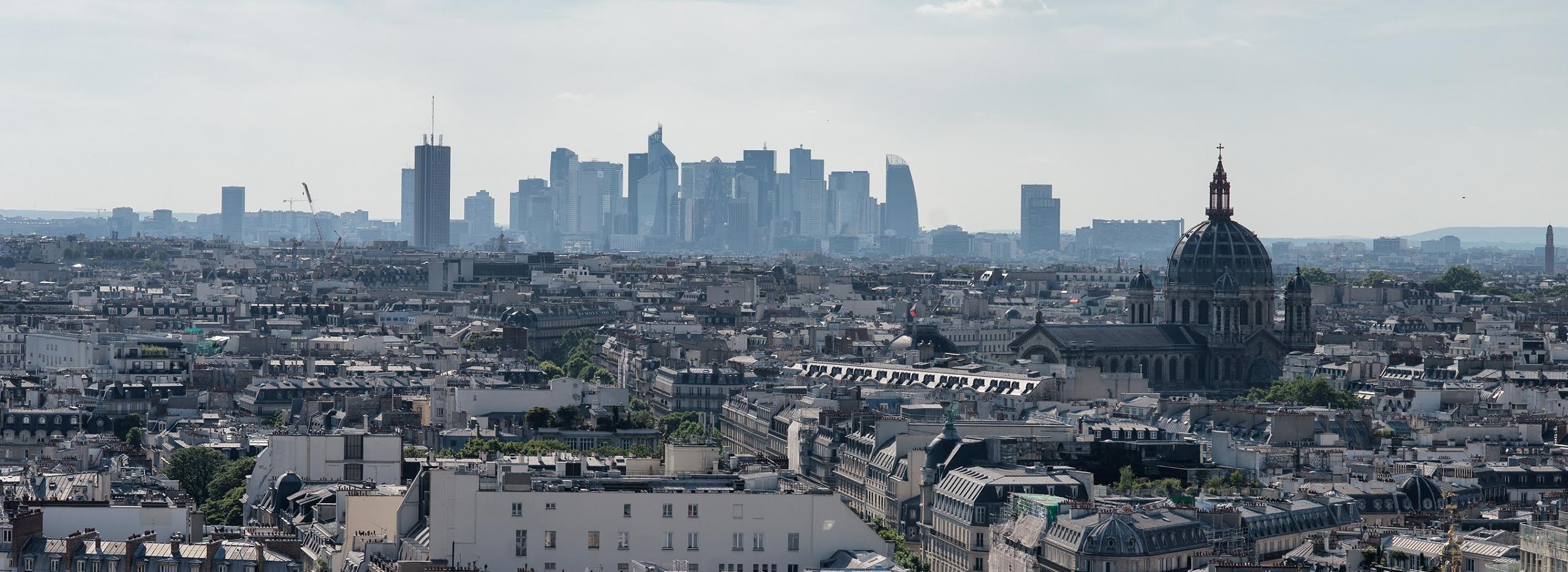 Investir dans l'immobilier commercial de bureaux à Paris, le bon compromis?