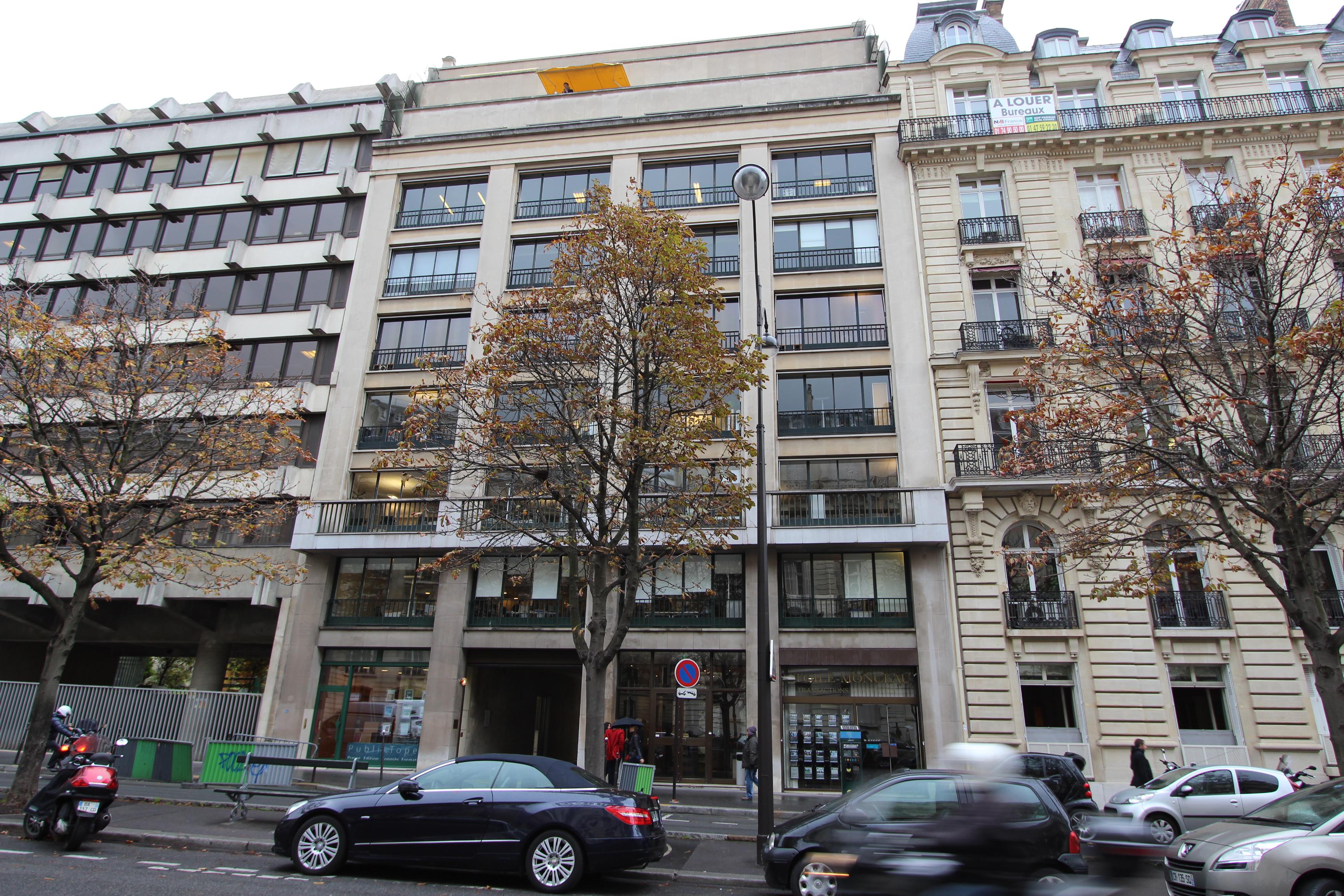 Avenue Hoche – 75008 Paris